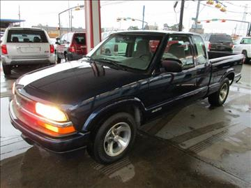 2001 Chevrolet S-10 for sale in Houston, TX