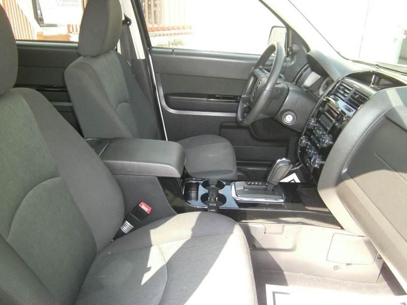 2009 Mazda Tribute i Touring 4dr SUV - Springfield MO