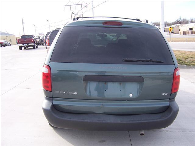 2002 Dodge Caravan SE 4dr Mini-Van - Springfield MO