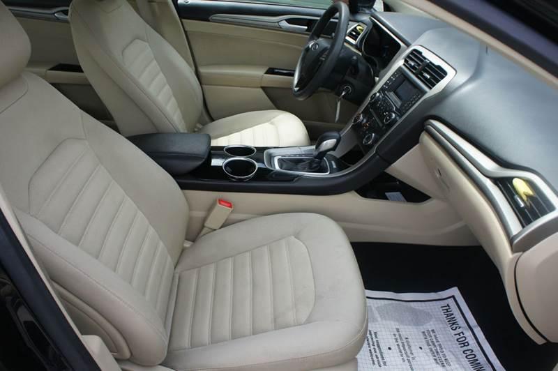 2013 Ford Fusion SE 4dr Sedan - Springfield MO
