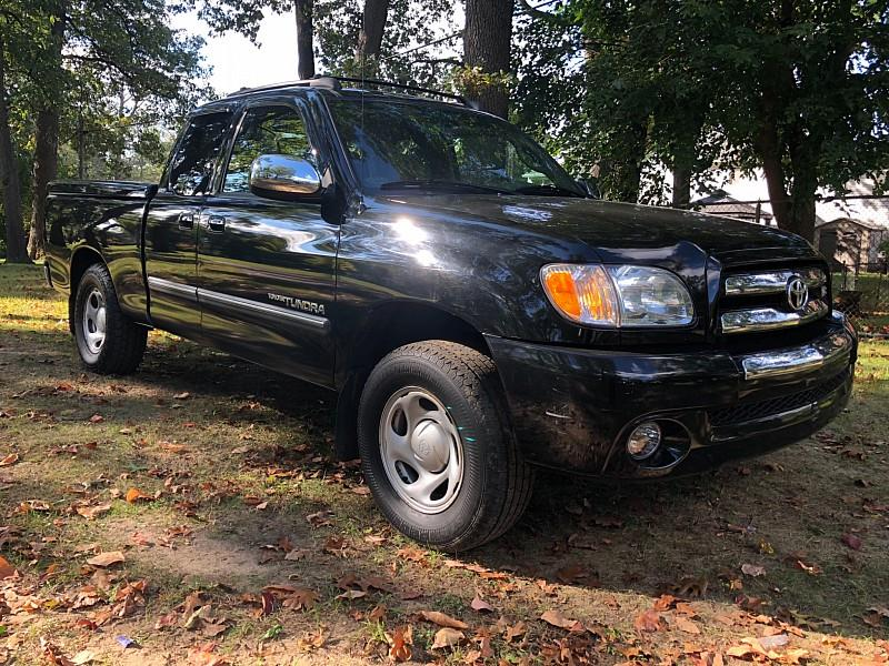 2004 Toyota Tundra car for sale in Detroit