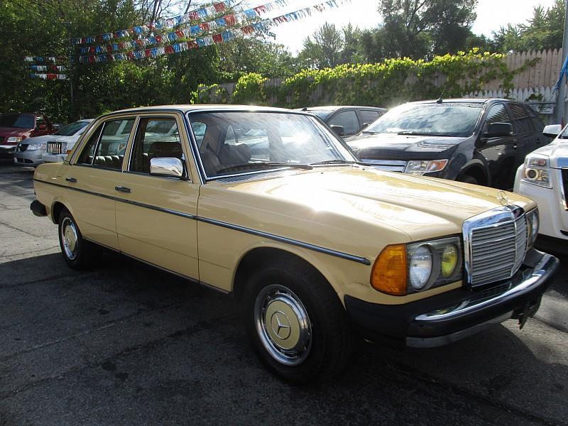 1981 Mercedes-Benz 300-class car for sale in Detroit