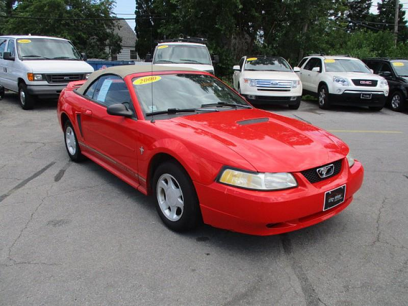 2000 Ford Mustang car for sale in Detroit