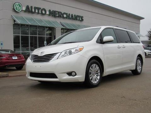 2017 Toyota Sienna for sale in Plano, TX
