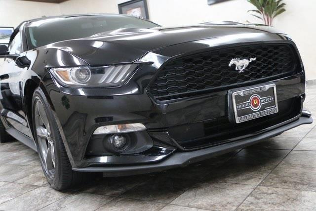2016 Ford Mustang V6 2dr Convertible - Westfield IN