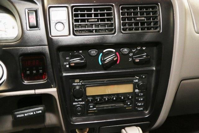 2002 Toyota Tacoma 2dr Xtracab PreRunner V6 2WD SB - Westfield IN