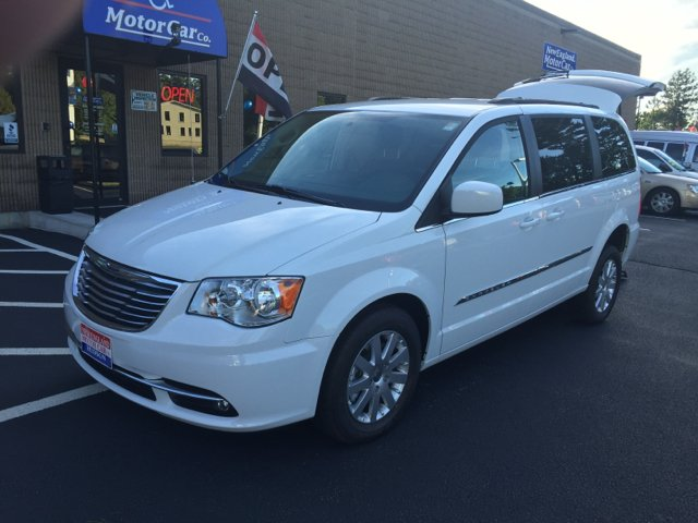 2015 chrysler town and country touring 4dr mini van in for New england motor car