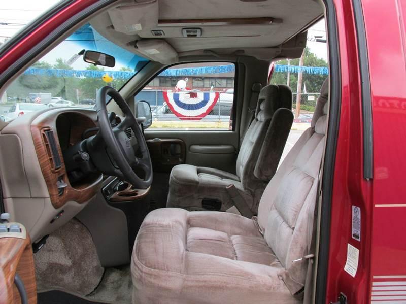 2000 Chevrolet Express Handicap Van starcraft In Hudson NH - New ...