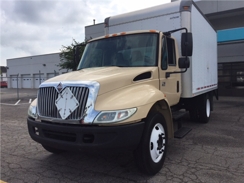 2003 International 4200 for sale in Virginia Beach, VA
