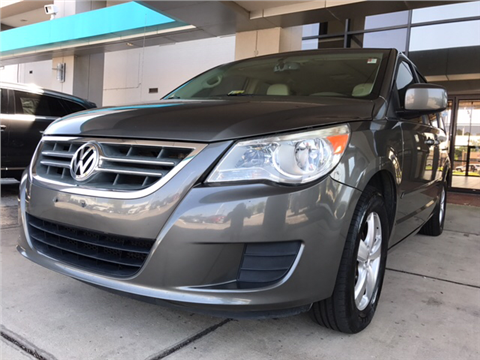 2010 Volkswagen Routan for sale in Virginia Beach, VA