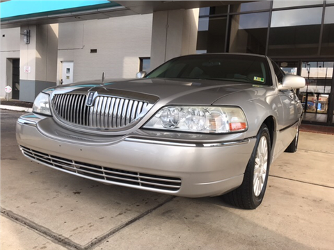 Lincoln town car for sale carsforsale 2004 lincoln town car for sale in virginia beach va sciox Image collections