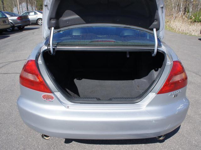 2005 Honda Accord EX V-6 2dr Coupe - Epsom NH