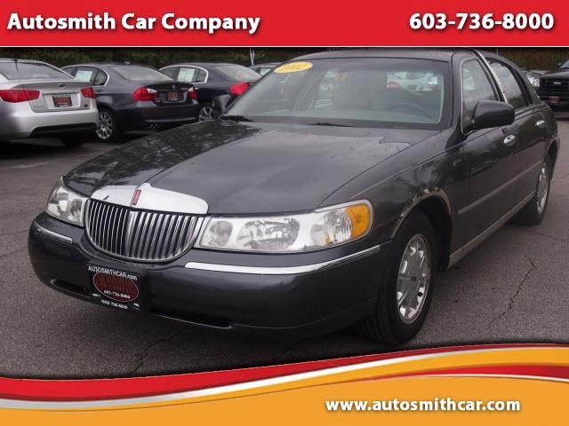 2002 Lincoln Town Car for sale in Epsom NH