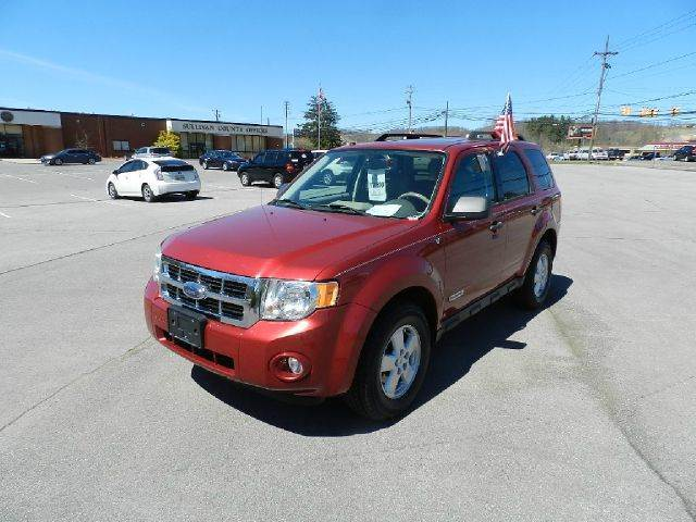 2008 FORD ESCAPE XLT AWD 4DR SUV red you wont find any electrical problems with this vehicle  ve
