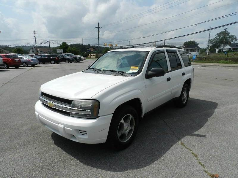 2006 CHEVROLET TRAILBLAZER LS 4DR SUV 4WD white all power equipment is functioning properly  thi
