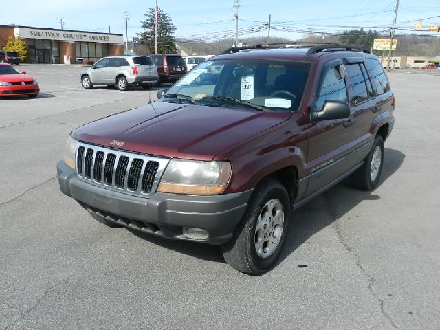 2001 JEEP GRAND CHEROKEE LAREDO 4WD 4DR SUV maroon all power equipment on this vehicle is in worki