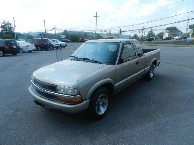 2003 CHEVROLET S-10 LS 3DR EXTENDED CAB RWD SB beige there are no electrical concerns associated w