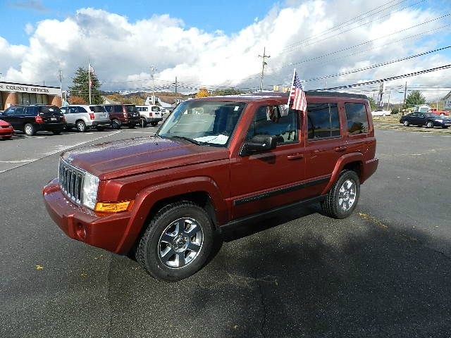 2007 JEEP COMMANDER SPORT 2WD maroon the electronic components on this vehicle are in working orde
