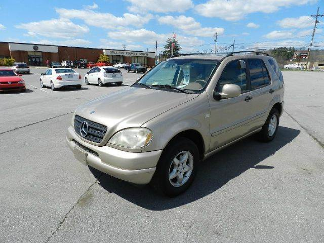 2001 MERCEDES-BENZ M-CLASS ML320 AWD 4MATIC 4DR SUV beige you wont find any electrical problems w