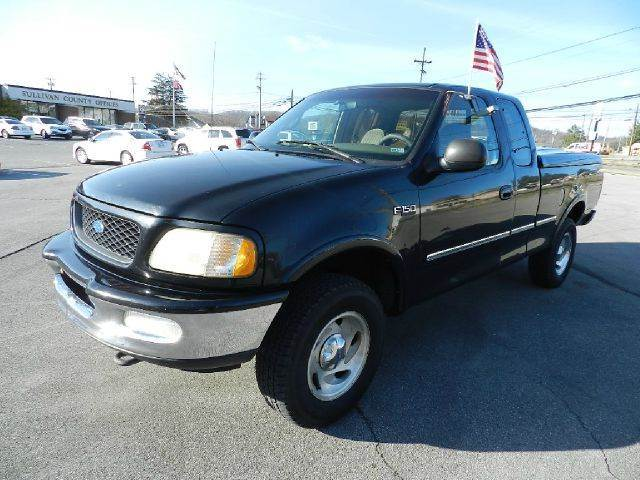 1997 FORD F-150 XLT 3DR 4WD EXTENDED CAB SB black there are no electrical problems with this vehic
