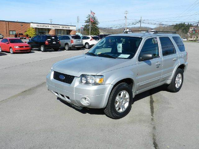 2007 FORD ESCAPE LIMITED AWD 4DR SUV silver all power equipment on this vehicle is in working ord