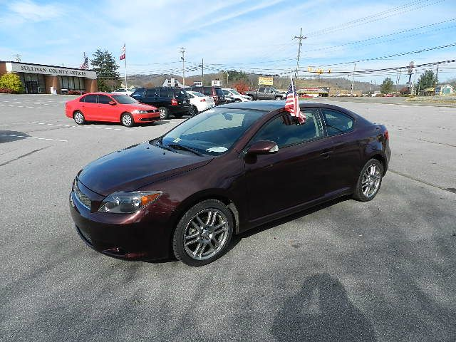 2007 SCION TC SPORT COUPE maroon all power equipment on this vehicle is in working order  this ve