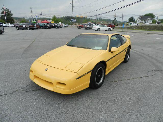 1987 PONTIAC FIERO GT yellow front air conditioning center console cruise control power windows