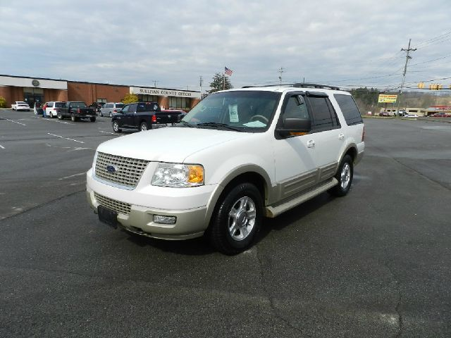2005 FORD EXPEDITION EDDIE BAUER 4WD 4DR SUV white you wont find any electrical problems with thi