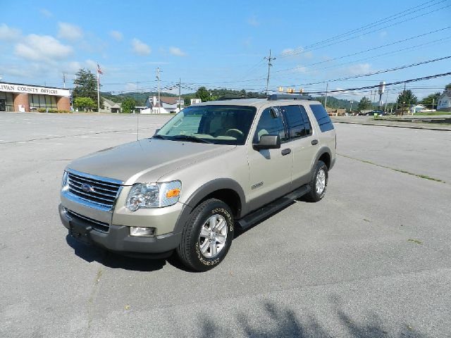 2006 FORD EXPLORER XLT 4DR SUV 4WD gold there are no electrical problems with this vehicle  there