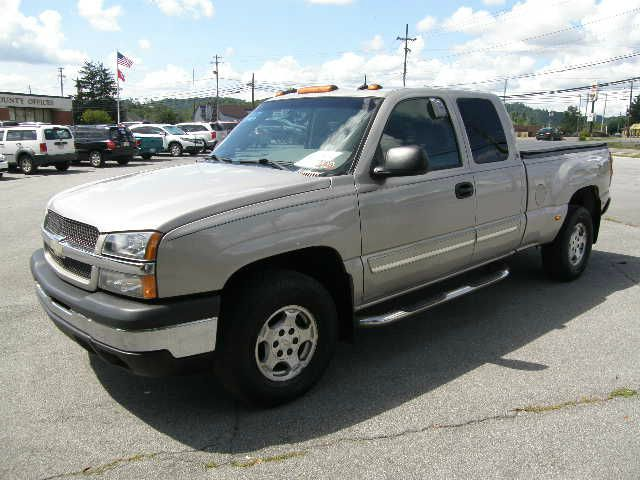 2003 CHEVROLET SILVERADO 1500 LT EXT CAB SHORT BED 4WD pewter all electrical and optional equipme