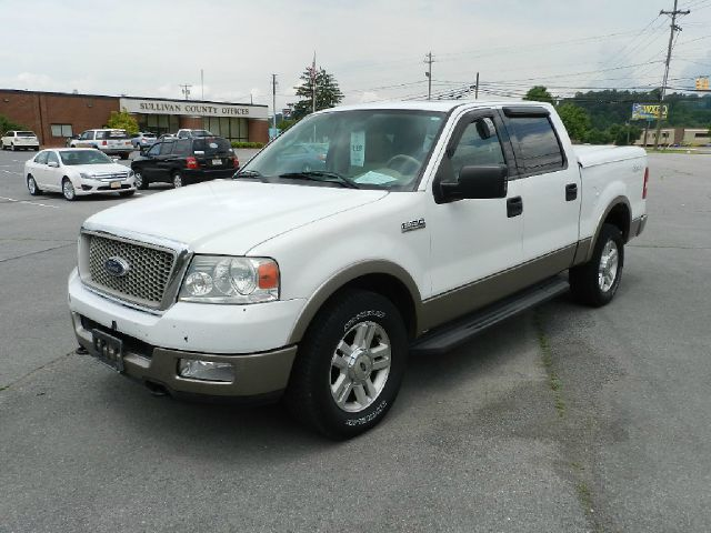 2004 FORD F-150 LARIAT 4DR SUPERCREW 4WD STYLESI white all power equipment on this vehicle is in