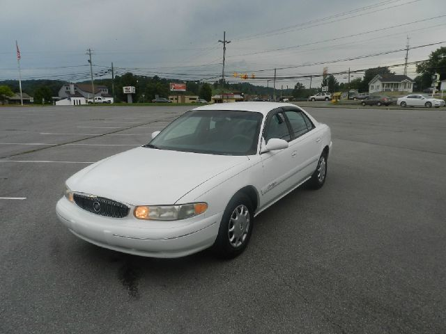 2000 BUICK CENTURY CUSTOM 4DR SEDAN white all power equipment on this vehicle is in working order