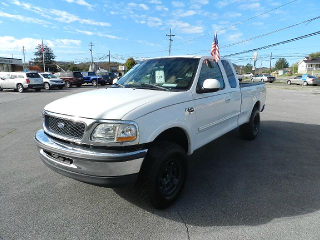 1998 FORD F-150 XLT 3DR 4WD EXTENDED CAB SB white there are no electrical concerns associated with