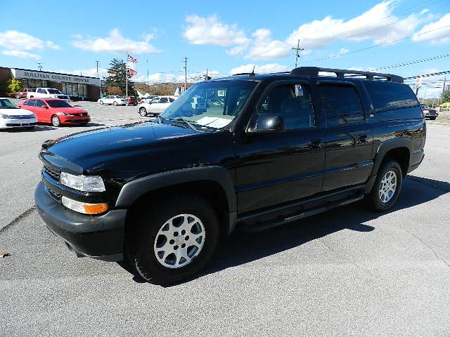 2005 CHEVROLET SUBURBAN 1500 4WD Z71 black all power equipment is functioning properly  this vehi
