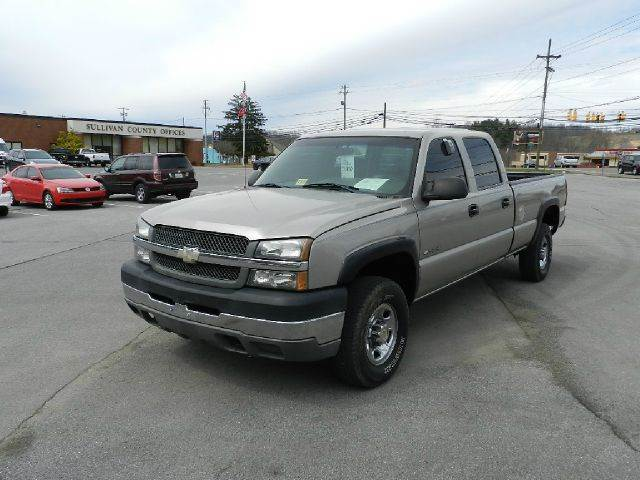 2003 CHEVROLET SILVERADO 2500HD BASE 4DR CREW CAB 4WD LB beige the electronic components on this