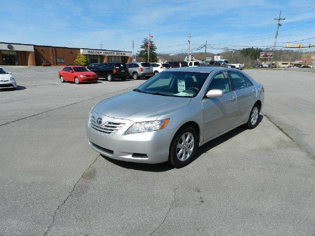 2009 TOYOTA CAMRY BASE 4DR SEDAN 5A silver you wont find any electrical problems with this vehicl
