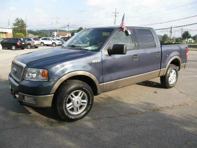 2004 FORD F150 LARIAT SUPERCREW 4WD blue all power equipment on this vehicle is in working order
