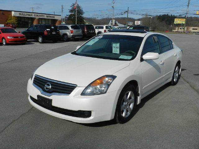 2008 NISSAN ALTIMA 25 SL 4DR SEDAN white there are no electrical problems with this vehicle  the