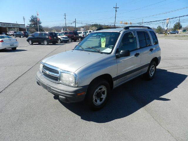 2003 CHEVROLET TRACKER 4-DOOR 2WD silver air conditioningamfm radioanti-brake system non-abs