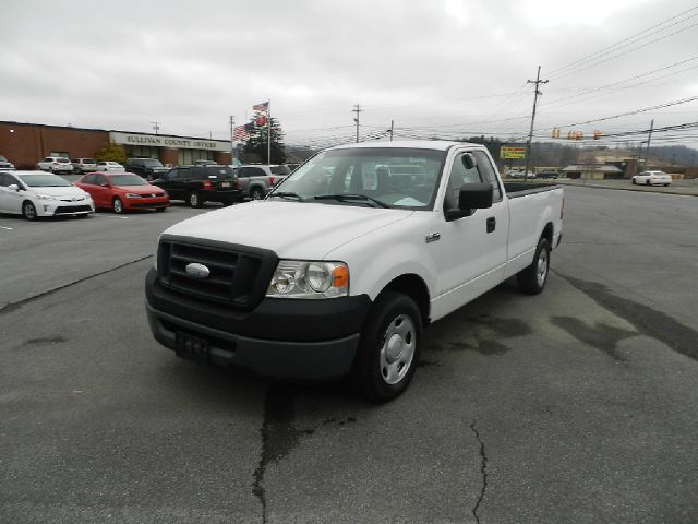 2006 FORD F-150 XL 2DR REGULAR CAB STYLESIDE 8 F white there are no electrical concerns associated