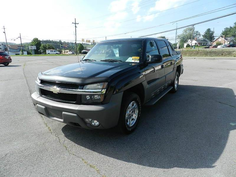 2002 CHEVROLET AVALANCHE 1500 4DR CREW CAB SB 2WD black you wont find any electrical problems wit