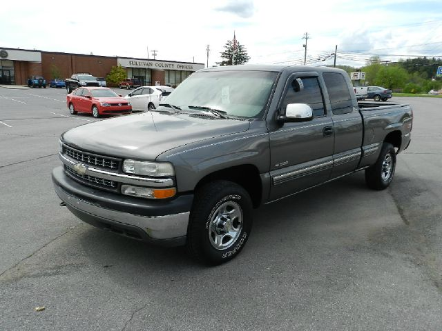 1999 CHEVROLET SILVERADO 1500 LS 3DR 4WD EXTENDED CAB SB gray all power equipment is functioning