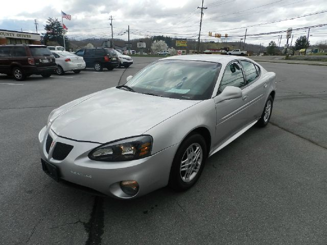 2004 PONTIAC GRAND PRIX GT1 unspecified air conditioningamfm radioanti-brake system non-abs