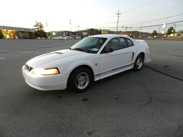 1999 FORD MUSTANG COUPE white all power equipment is functioning properly  there are no known def