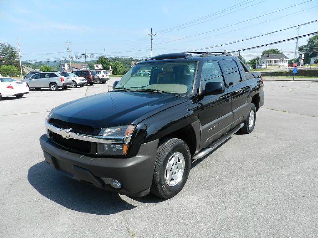 2005 CHEVROLET AVALANCHE 1500 LT 4DR CREW CAB 4WD black all power equipment is functioning properl