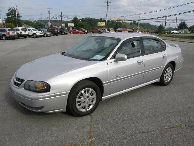 2004 CHEVROLET IMPALA LS silver all power equipment on this vehicle is in working order  no defec