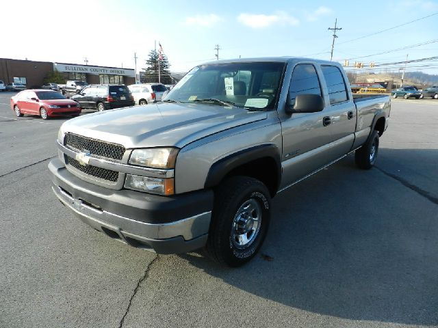 2003 CHEVROLET SILVERADO 2500HD BASE 4DR CREW CAB 4WD LB beige all electrical and optional equipme