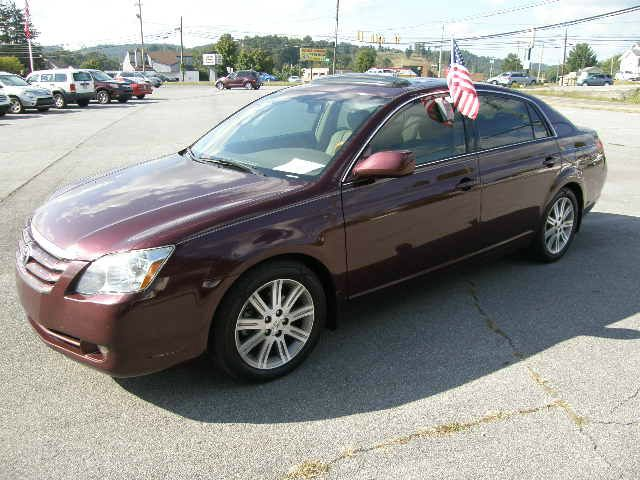 2006 TOYOTA AVALON LIMITED maroon there are no electrical problems with this vehicle  this vehicl