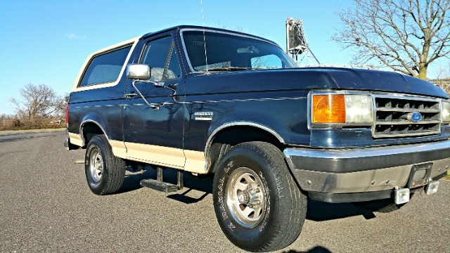 1990 Ford Bronco