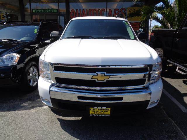 2011 CHEVROLET SILVERADO 1500 LT EXTENDED CAB summit white 41285 miles VIN 1GCRCSE03BZ444782